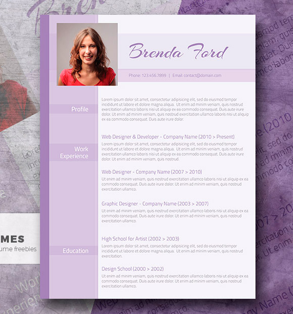 Professional Purple - Una plantilla de currículum vitae de color púrpura gratis